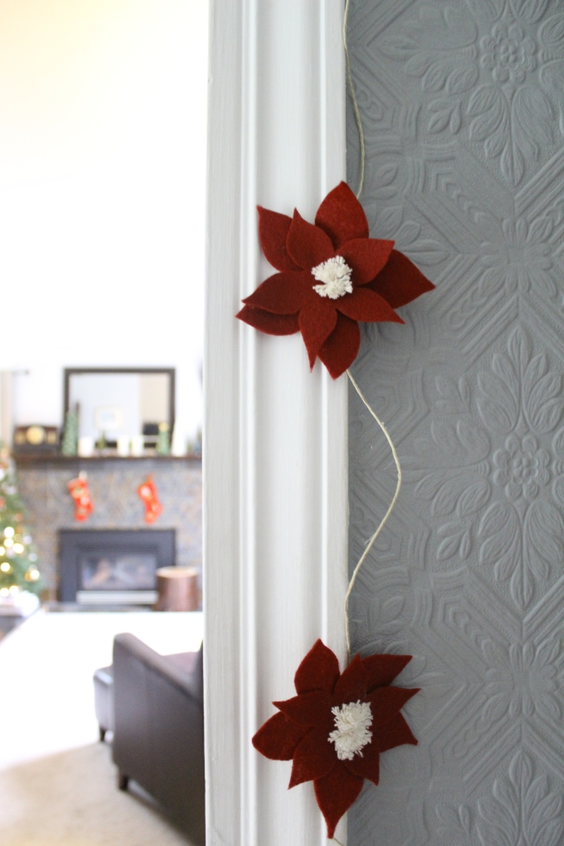 Better Remade - Felt poinsettia garland