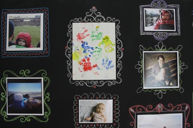 de | chalkboard gallery wall