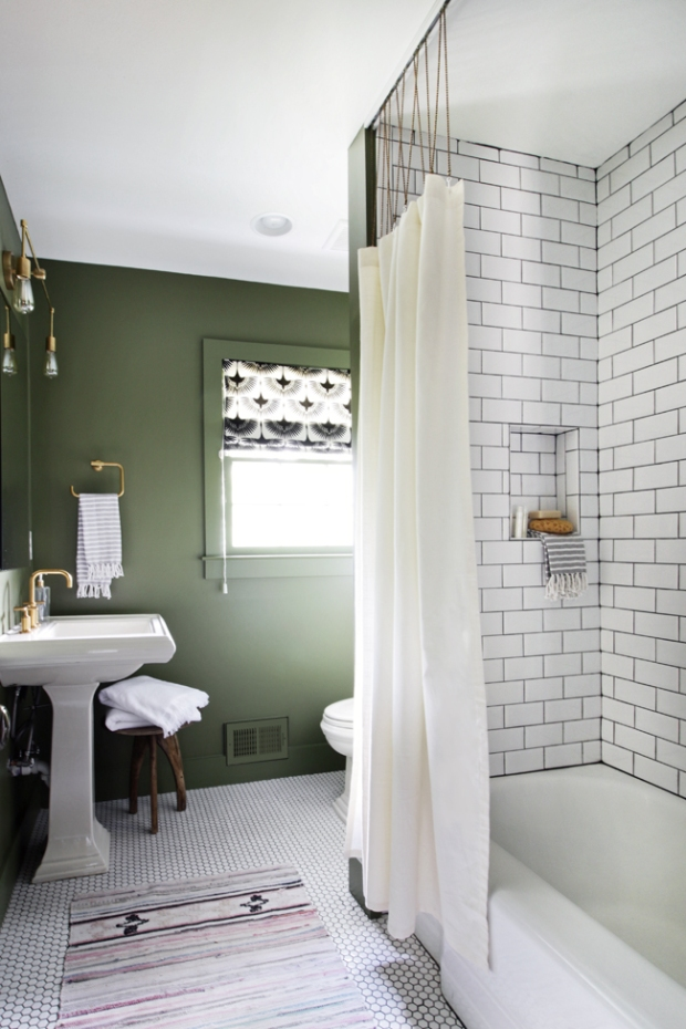 Guest Bathroom - 07.jpg